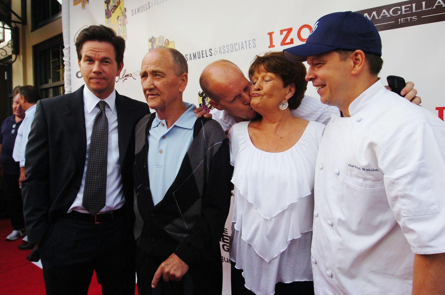 Paul Wahlberg Family Elizabeth vargas substance